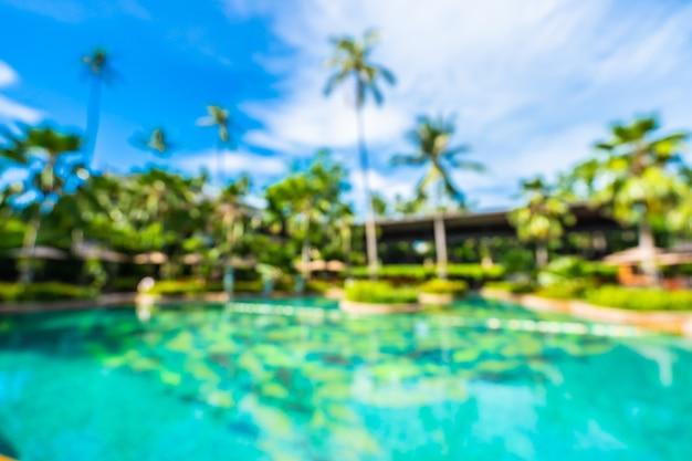 Абстрактный размытия и расфокусировки роскошный открытый бассейн в курортном отеле Бесплатные Фотографии