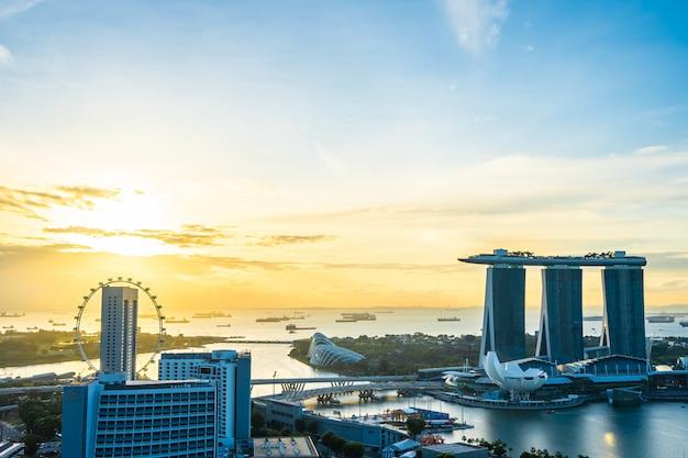 Красивая архитектура здания экстерьера городской пейзаж в сингапуре город Бесплатные Фотографии