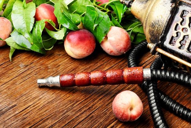 桃と東部のシーシャ Premium写真