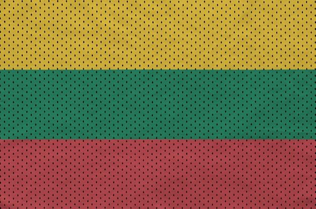 ポリエステルナイロンスポーツウェアメッシュ生地にリトアニアの旗を印刷 Premium写真