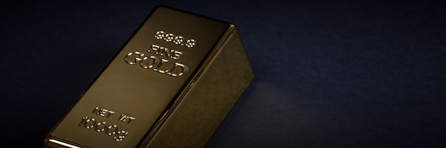黒の背景にユーロの現金と金の延べ棒 Premium写真