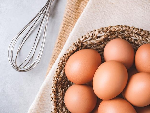 有機鶏卵卵成分コンセプト Premium写真