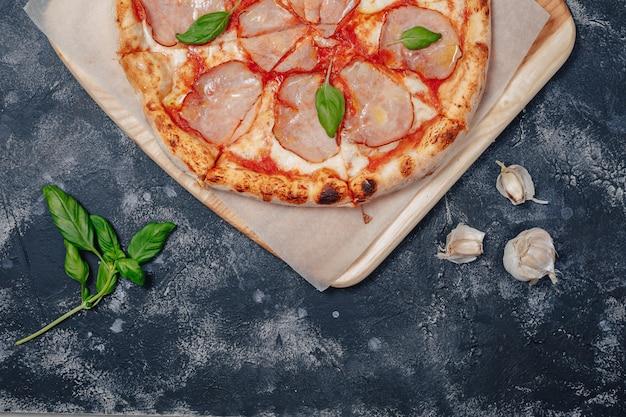 美味しいナポリタンミートピザ、ピッツェリア、美味しい料理 無料写真