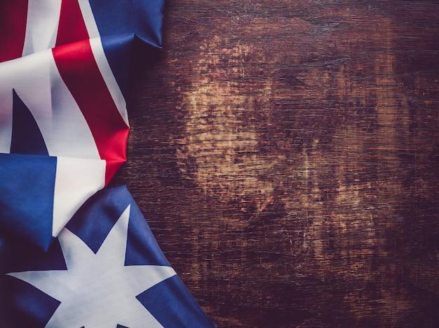 オーストラリアの旗。美しい、明るいカード。上面図 Premium写真
