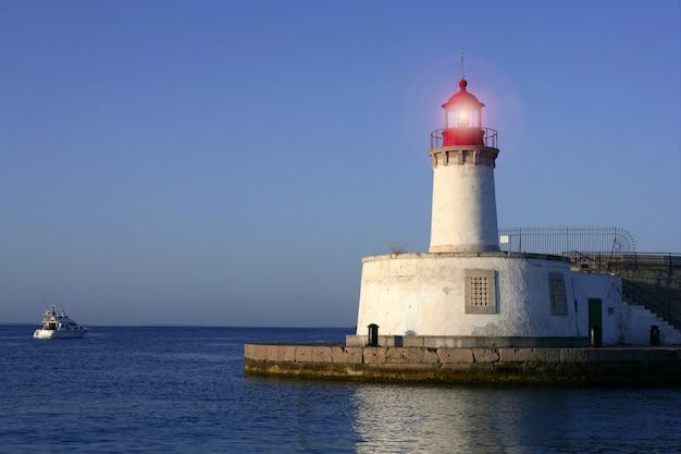 バレアレス諸島の灯台 Premium写真