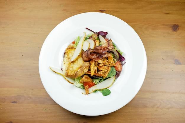 Основное блюдо в ресторане Бесплатные Фотографии
