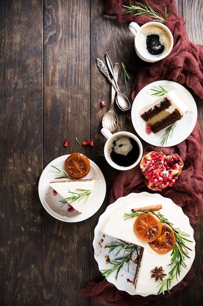 Рождественский вкусный шоколадный торт Premium Фотографии