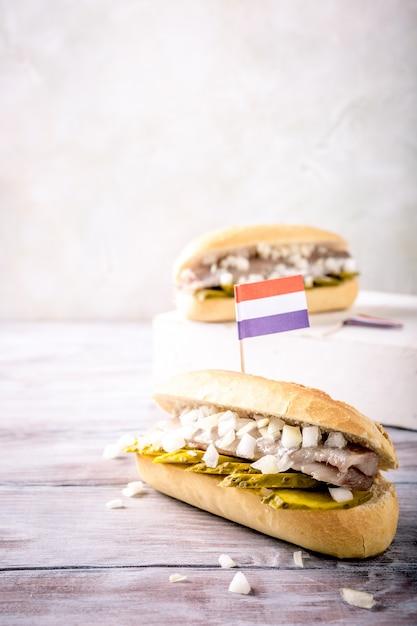 ニシンのサンドイッチ Premium写真