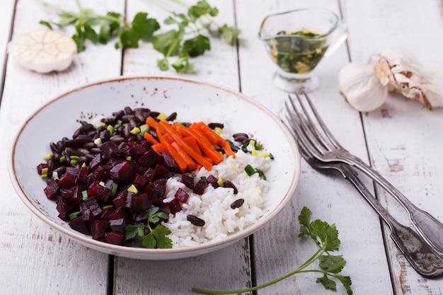 米とビートの豆 Premium写真