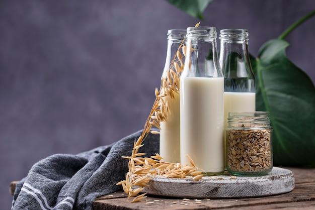 Безлактозное немолочное гречневое молоко Premium Фотографии