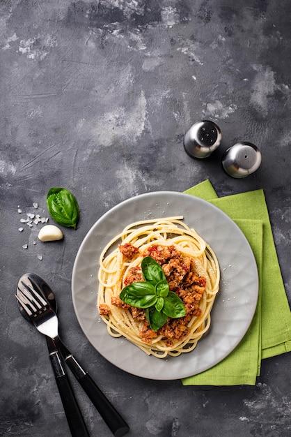 ボロネーゼパスタ。ミートソースのスパゲッティ Premium写真