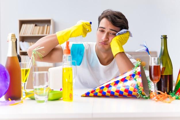 クリスマスパーティーの後、家の掃除人 Premium写真