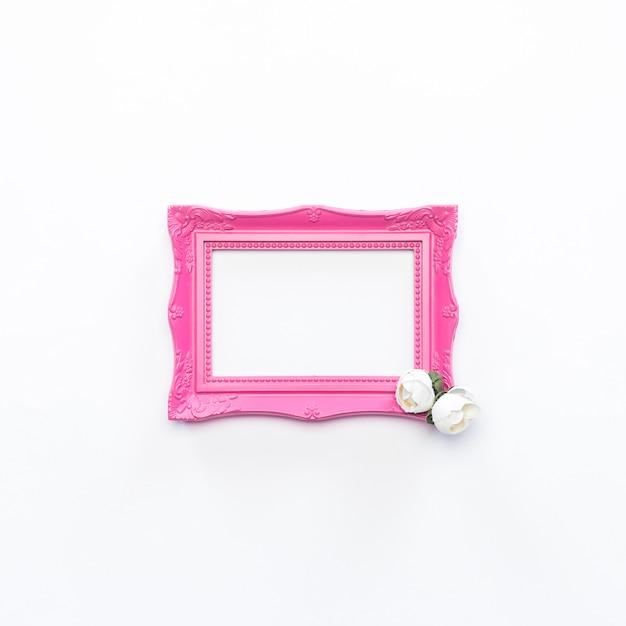 ピンクフレームホワイトフラワービンテージ背景 無料写真