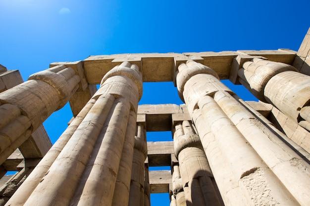 アフリカ、エジプト、ルクソール、カルナック神殿 Premium写真