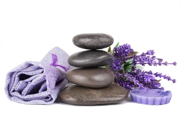 Дзен камни и лавандовое мыло Premium Фотографии