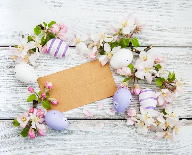 Пасхальные яйца и открытки Premium Фотографии