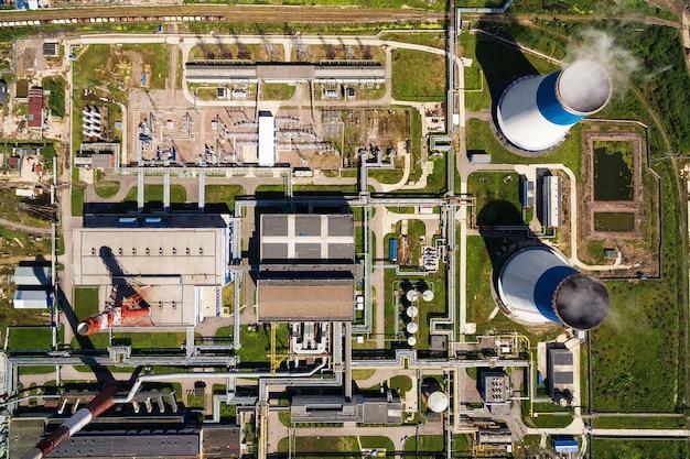 発電所の空撮 Premium写真