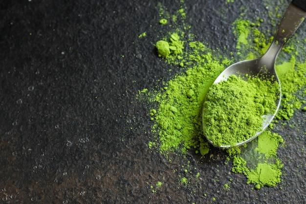 抹茶-緑茶粉末、栄養補助食品 Premium写真