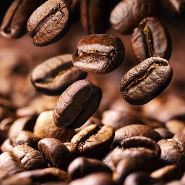 落下焙煎コーヒー豆 Premium写真