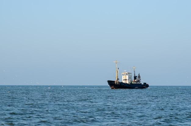 海で出荷します。 Premium写真