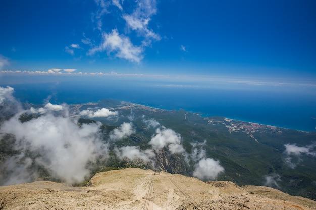 トルコ、山タフタリ Premium写真