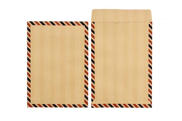 クローズドとオープンの茶色の封筒のセット Premium写真