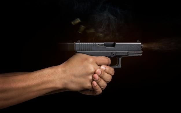 Ручной пистолет с автоматическим пистолетом Premium Фотографии