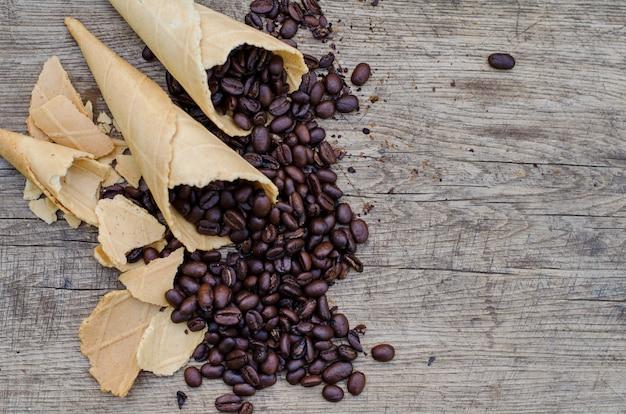 Сахарные шишки с кофейными зернами Premium Фотографии