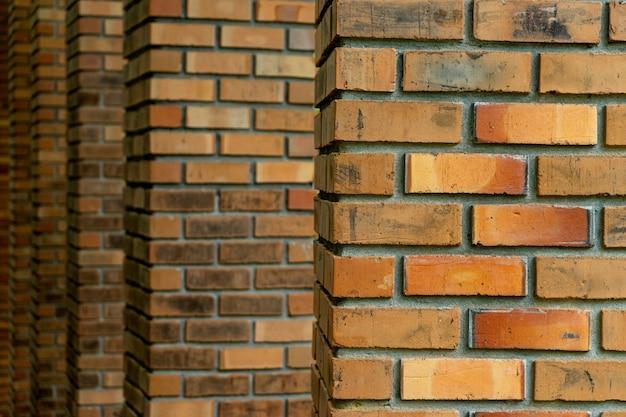 古いレンガの柱の多くの層 Premium写真