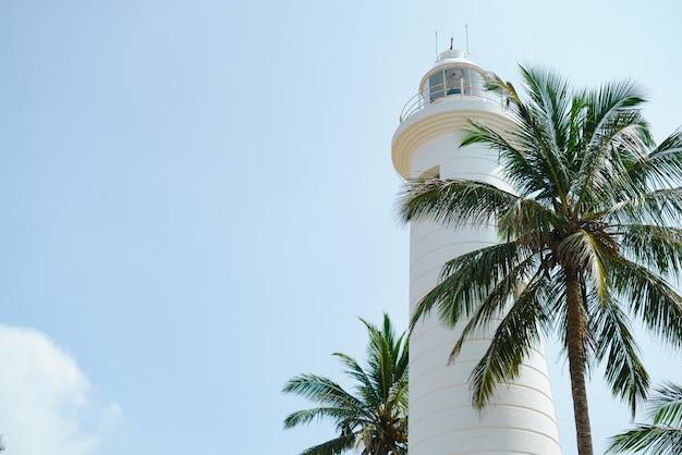 スリランカ港の灯台 Premium写真