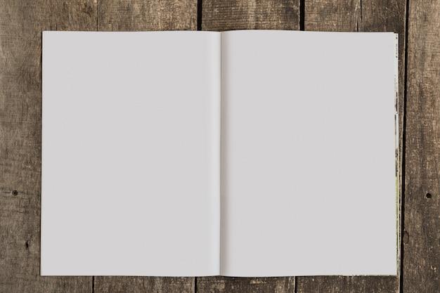 雑誌のモックアップ Premium写真