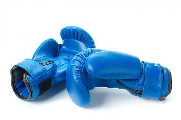 ボクシンググローブをクローズアップで分離白 Premium写真