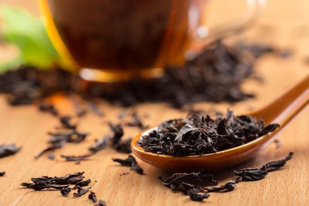 朝のお茶のテーブル Premium写真
