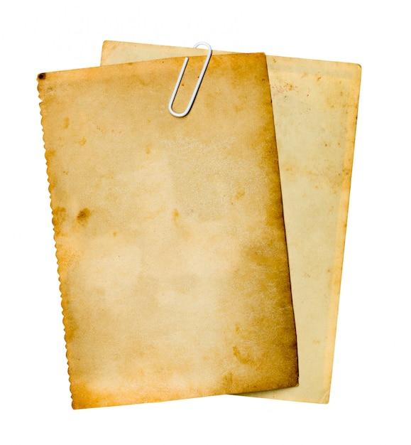 白い背景の上の古い紙。 Premium写真