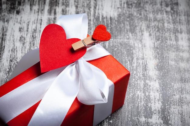幸せなバレンタインデー Premium写真