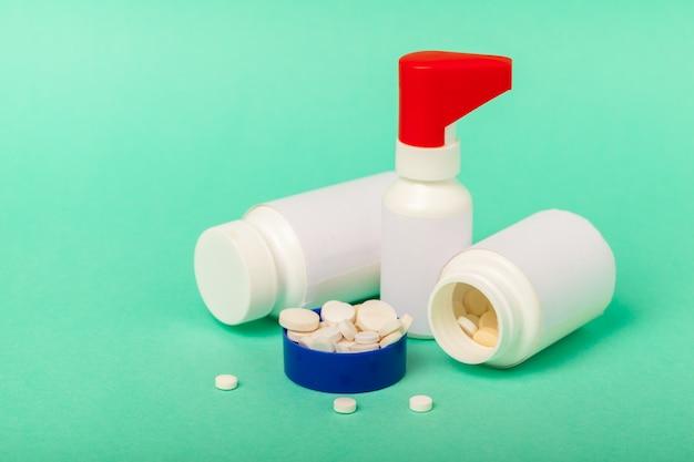錠剤と丸薬 Premium写真