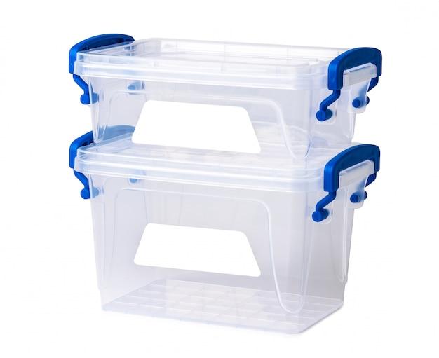 Прозрачная пластиковая коробка на белом Premium Фотографии