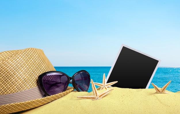 砂浜の写真カード Premium写真