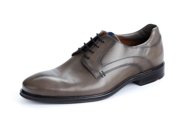 分離された茶色の正式な男性の革の靴 Premium写真