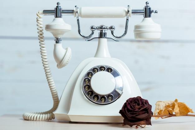レトロな電話 Premium写真