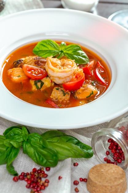 シーフードスープ Premium写真