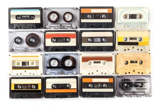 Винтажная кассета изолирована Premium Фотографии