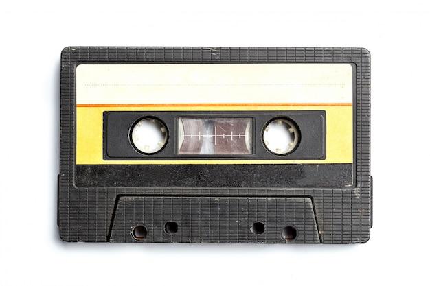 Винтажная кассета изолированы на белом фоне Premium Фотографии