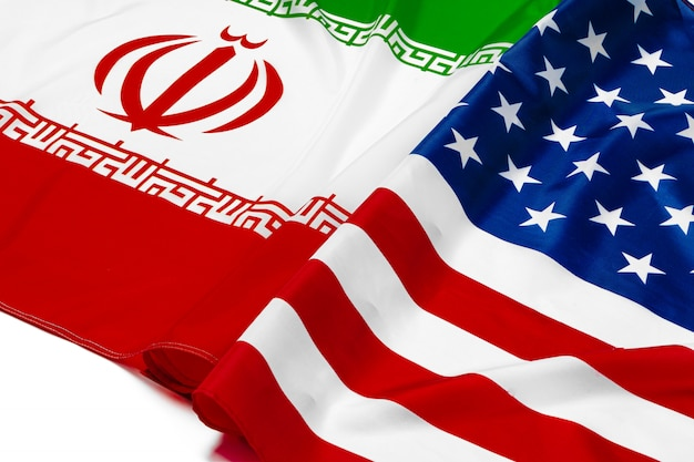 Флаг ирана вместе с флагом соединенных штатов америки Premium Фотографии