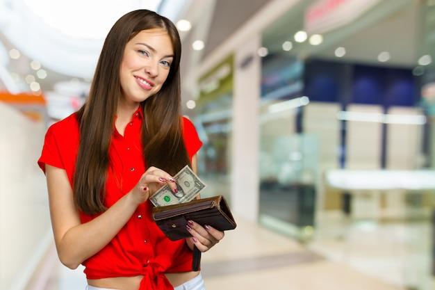 お金で幸せな女 Premium写真