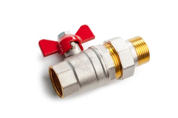 金属プラスチック配管継手、アダプター、白い背景で隔離のプラグのセット Premium写真