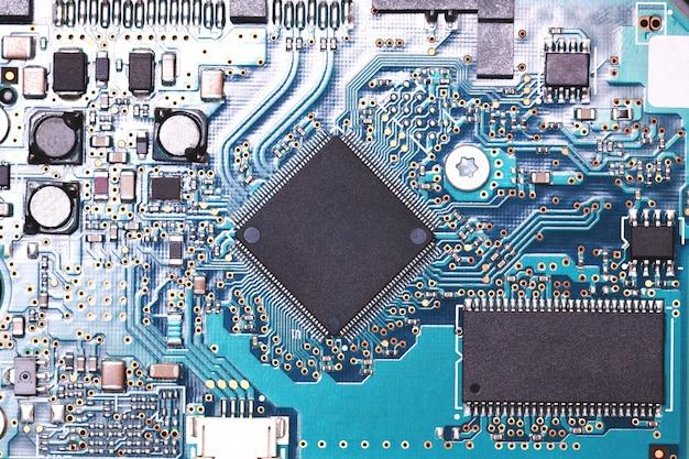 回路デジタルチップを閉じます。装飾とデザインのモックアップ Premium写真