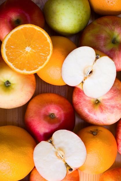 リンゴとオレンジ Premium写真