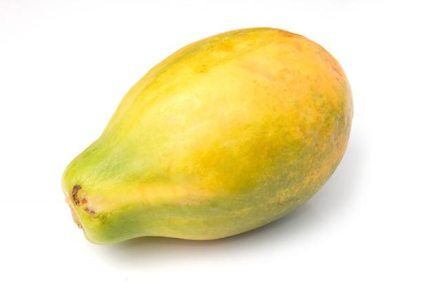 Плод папайи изолирован Premium Фотографии