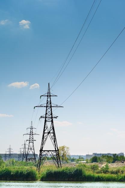 産業景観、電力線 Premium写真